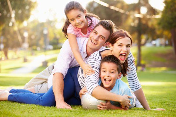 Счастливая семья и счастливое детство
